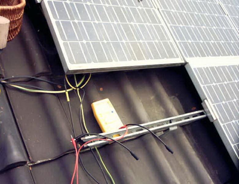 wer repariert solar wechselrichter